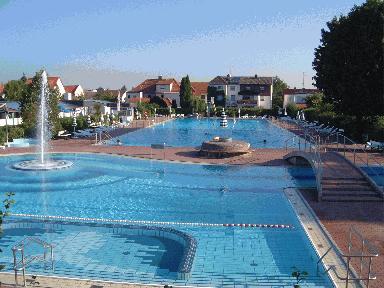 Schwimmbad rossdorf